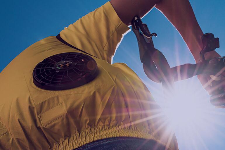 空調服でロードバイクを整備する